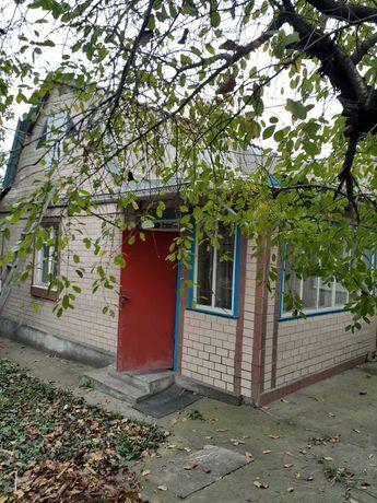Продаж будинку в центрі Тальне 35 000$
