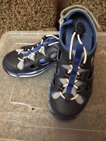 Босоножки, сандали фирменные Clarks