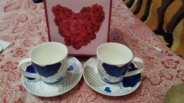 Чайная пара чашки в коробке на подарок