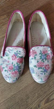 Туфли, балетки белые р 31