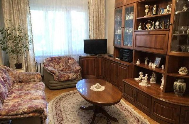 ЛФ-3  Продам 5-ти комнатную квартиру на Армейской