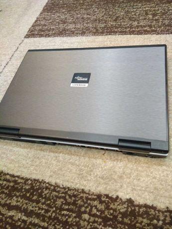 Продам ноутбук Фуджи Сименс в хорошем состоянии