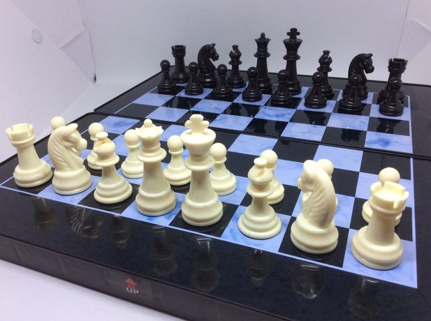 Шахматы шашки нарды размер доски 32х32 см
