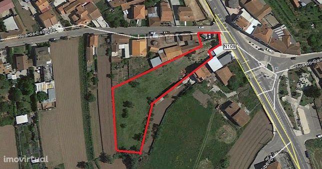 Terreno em Canelas - Rua da Estação - Visibilidade para a EN 109