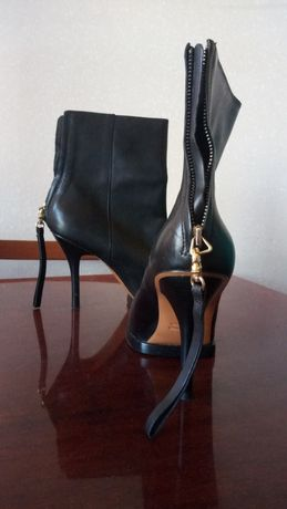 Ботильйони/черевики на каблуку