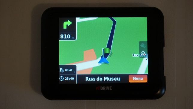 GPS N Drive Portugal e Espanha com carregador a funcionar bem