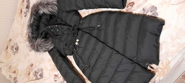 Продам женское пальто/зимнюю курточку 46 рамера новое.