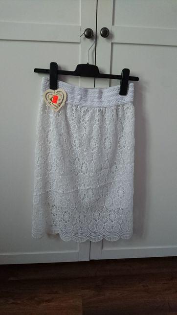 Spódnica biała spódniczka ołówkowa na gumce z koronki nowa