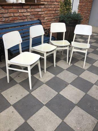 Stare drewniane krzesła Niemieckie lata50-60