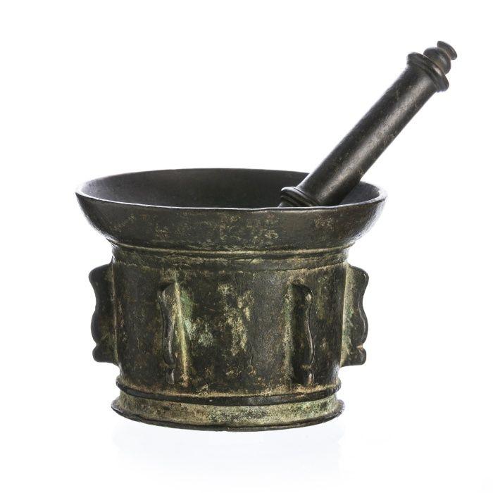 Almofariz Bronze Século XVII 3 Guimarães - imagem 1
