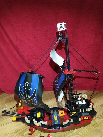 Конструктор Пиратский корабль Лего