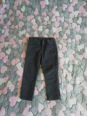 Штаны брюки Defacto на мальчика на 3-4 года