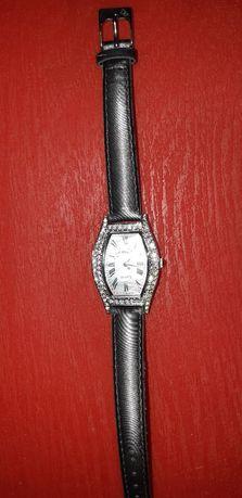 Часы женские Le chic Франция