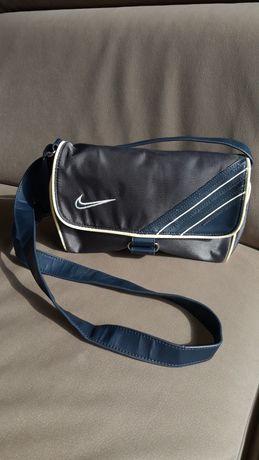 Torebka Nike sportową młodzieżowa