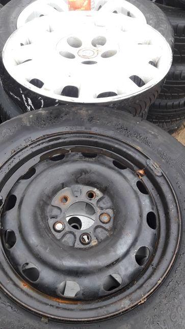 """Felgi Chrysler 16"""" kołpaki i sruby"""