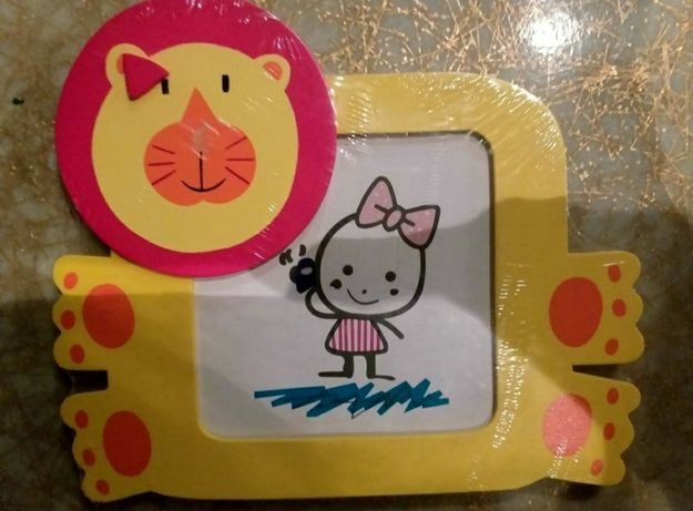 Moldura infantil (embalada)