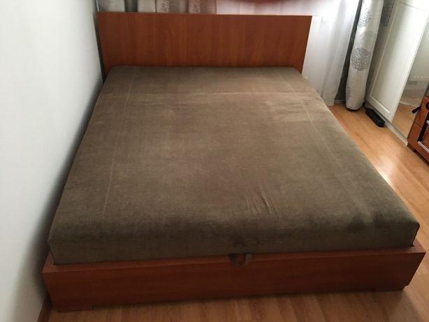 Łóżko z materacem + 2 szafki nocne + biurko