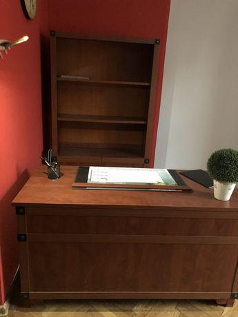 Komplet mebli biuro, kancelaria -stół i krzesła, biurko i szafki