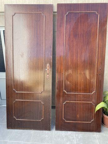 Portas interiores de madeira