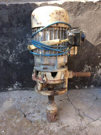 Двигатель для полива.