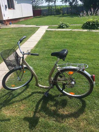 Велосипед, низька рама