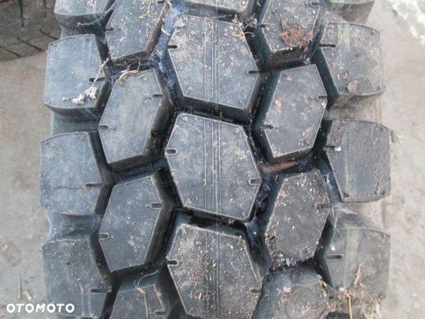305/70R22.5 Bridgestone Opona ciężarowa M711 Napędowa 22 mm