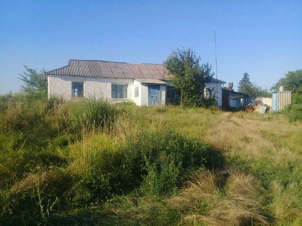 Продам дом  , участок під стороительство