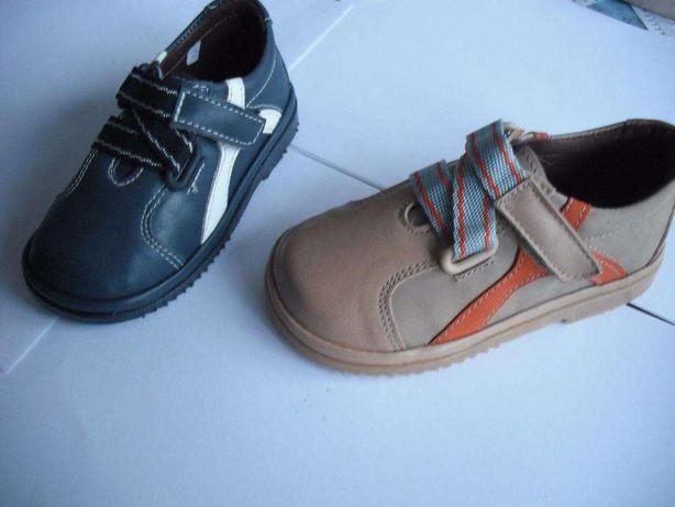 Sapato criança novos em pele