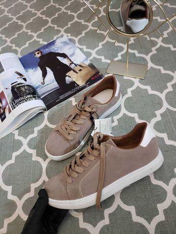 Кроссовки reserved 41 UK 7 замшевые кроссівки бежевые  Zara мужские