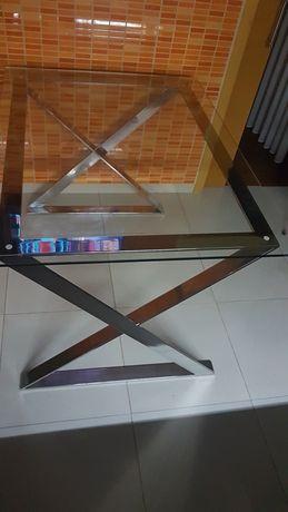 Mesa em vidro...