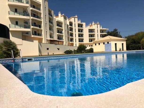 T3 com piscina - Férias Quarteira (disponível de 28/08 a 04/09)