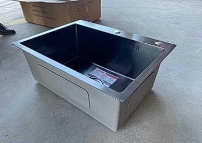 Мойка на кухню 60*45 см, с корзиной и дозатором, нержавеющая сталь