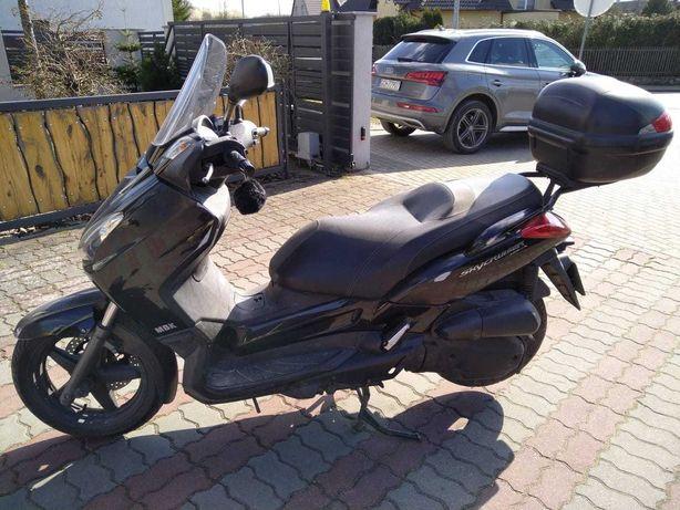 Yamaha skycruiser 125 kat.B , MBK ,x max
