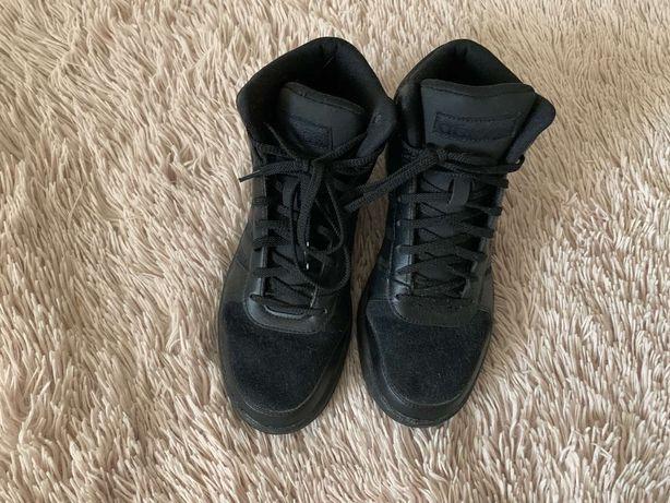 Продам кроссовки высокие ADIDAS