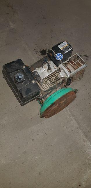 Silnik 8 hp
