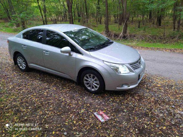 Продаётся отличный автомобиль Тойота Авенсис 2011