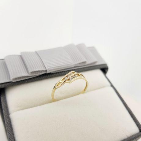 Złoty pierścionek p. 583 1,11g rozmiar 14