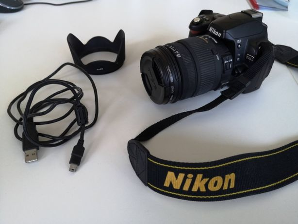 Nikon D40 + obiektyw Sigma DC 18-125 mm OS VR + torba + filtrUV lustrz