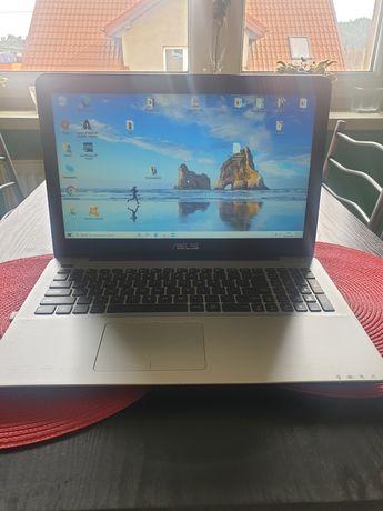 Laptop asus czarny