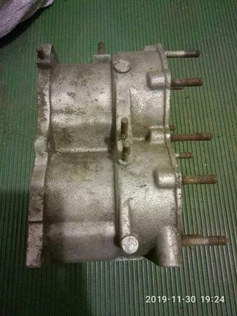 Блок лодочного мотора ВИХРЬ 30 с поршнями