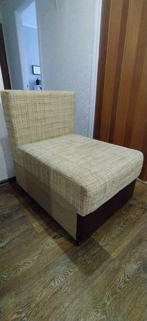 Кресло-пуфик мягкий