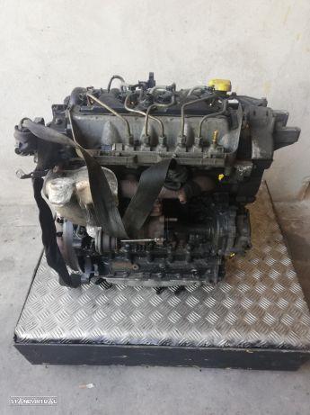 Motor Renault Master 2.5Dci