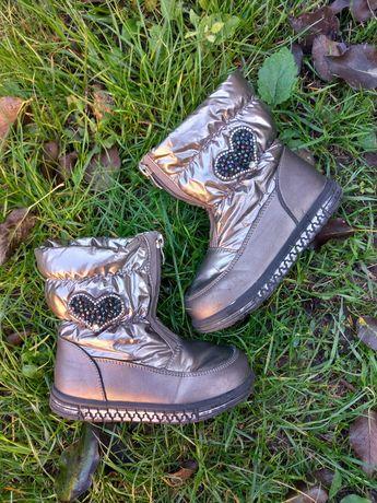 Дутики сапоги сапожки ботинки