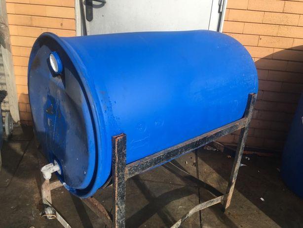 Temos disponível Bidão 200 litros com torneira