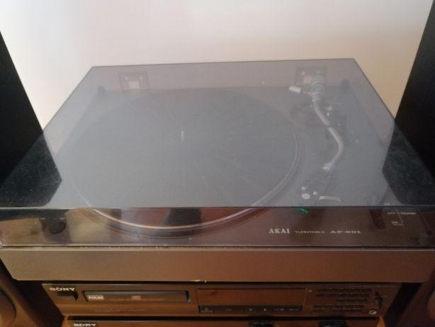 Gramofon Akai AP 001