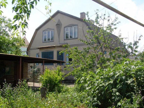 Продам дом 2 эт. на участке 8 сот., кирпич, 250 м. до моря, Феодосия
