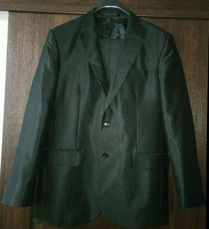Мужской классический костюм Р.48