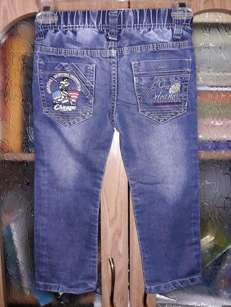 Джинсы штаны на мальчика 4-6лет
