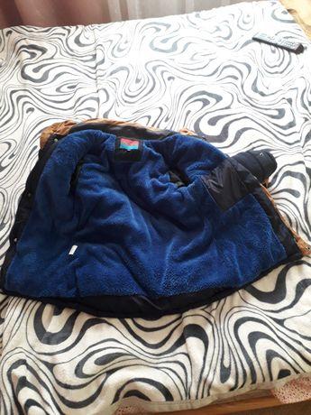 Куртка зимова на дитину ростом 120