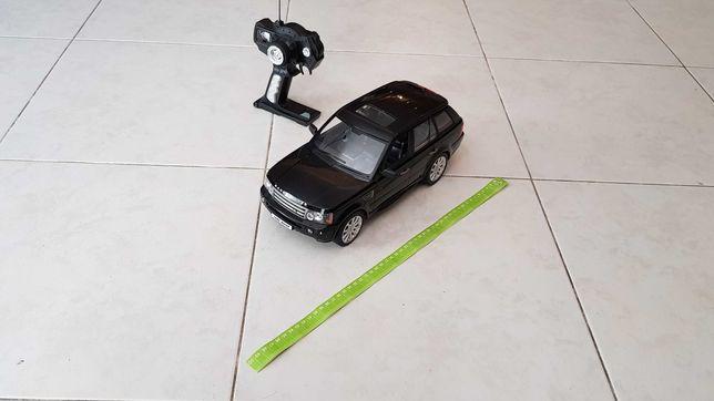 Carro telecomandado Range Rover
